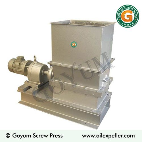 copra cutting machine